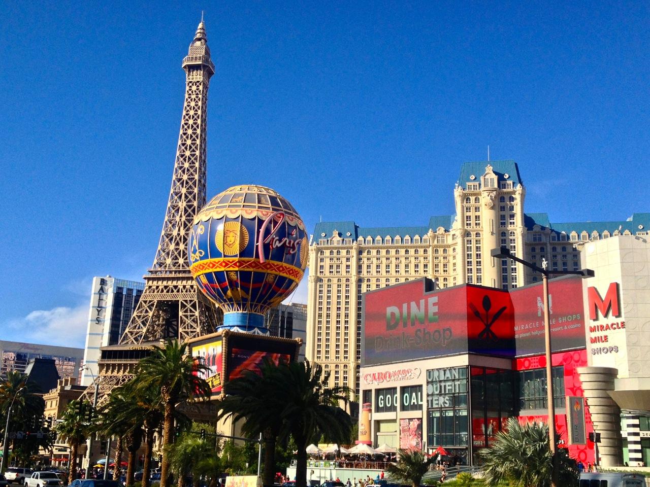 Picture Postcard Vegas