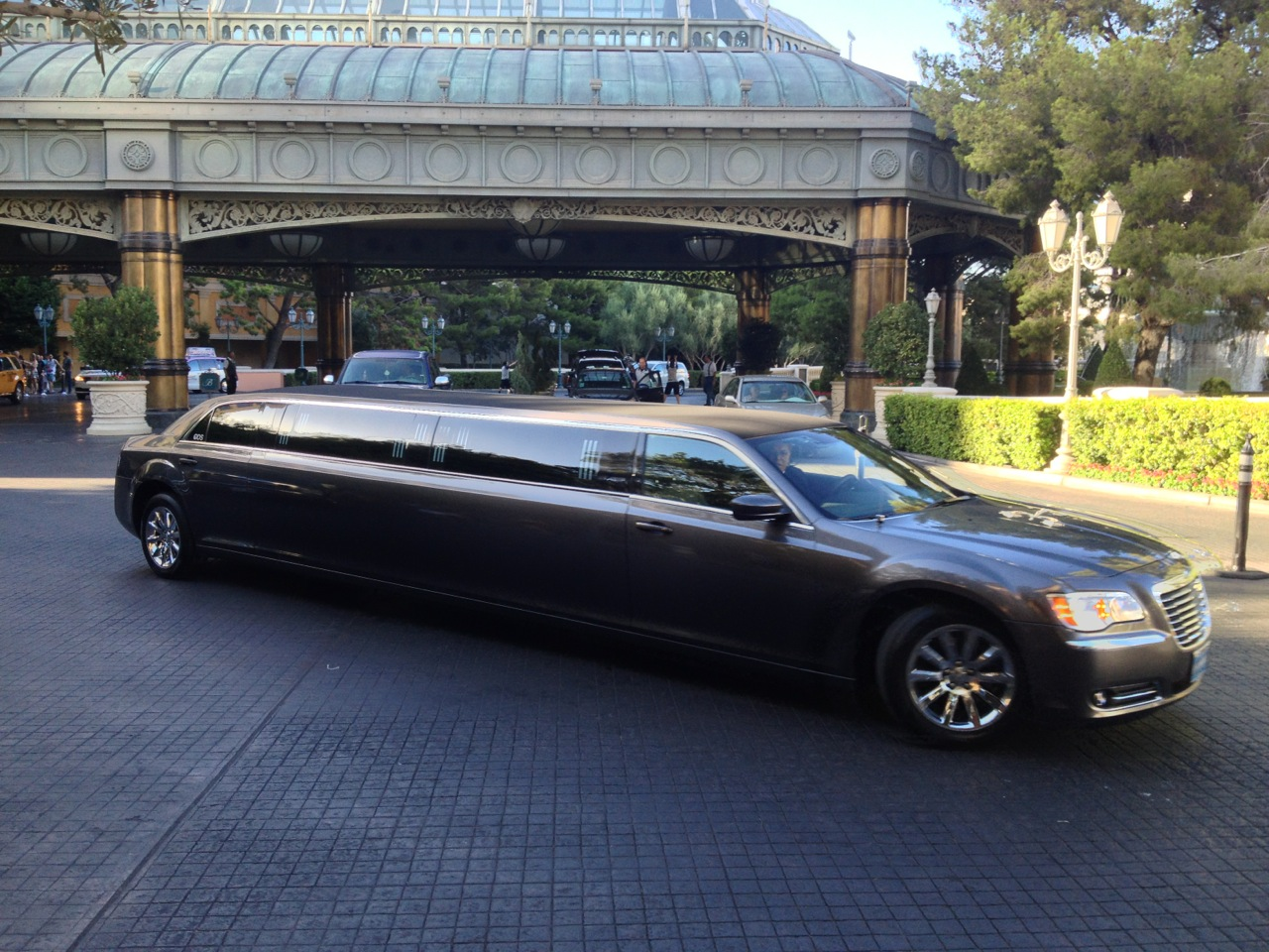 Limousinen vor dem Bellagio